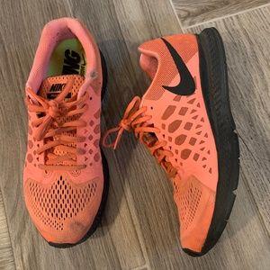 Neon Orange Nike Pegasus W 8.5